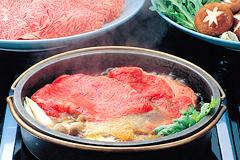 米沢牛のすき焼き