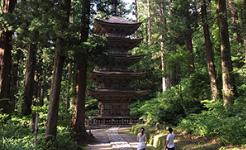 羽黒山 五重の塔